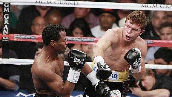 Cancela el Canelo pelea por lesión en tobillo
