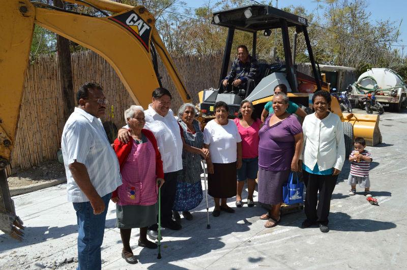 Rehabilitan drenaje sanitario en Izúcar