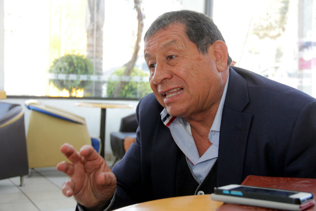Contras las cuerdas, Carlos Talavera
