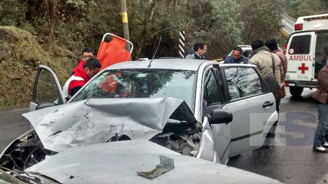 Anatere sufre brutal accidente carretero