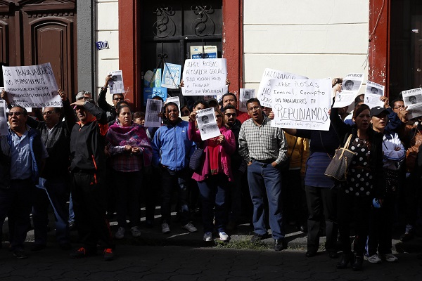 Docentes del Cobaep desconocen a su líder sindical; piden que se convoque a nuevas elecciones