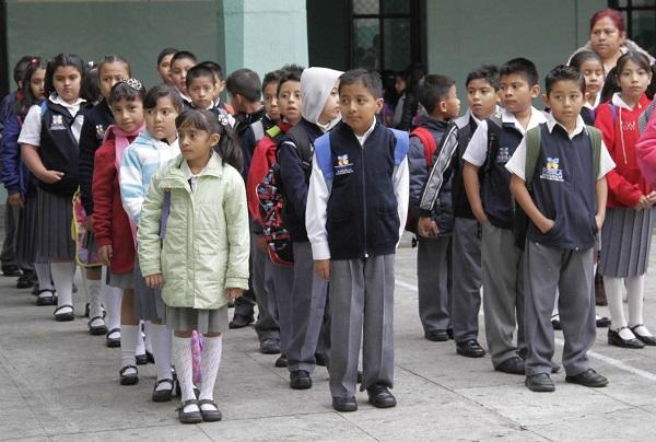 Regreso a clases permitirá una derrama económica menor a 50 millones de pesos