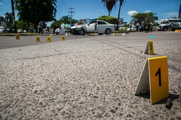 Diez muertos por enfrentamiento entre cárteles en Chihuahua