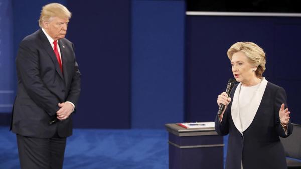 Donald Trump acusó a Hillary Clinton de estar drogada en el último debate y le exigió un doping