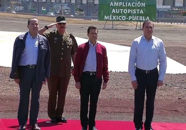 Inaugura Peña Nieto ampliación de la autopista México-Puebla