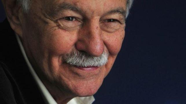Escritor español Eduardo Mendoza gana Premio Cervantes