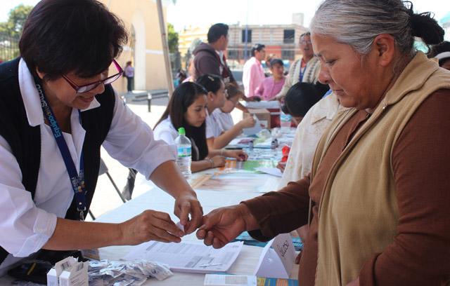 Realizan jornada de salud para féminas de Cuautlancingo