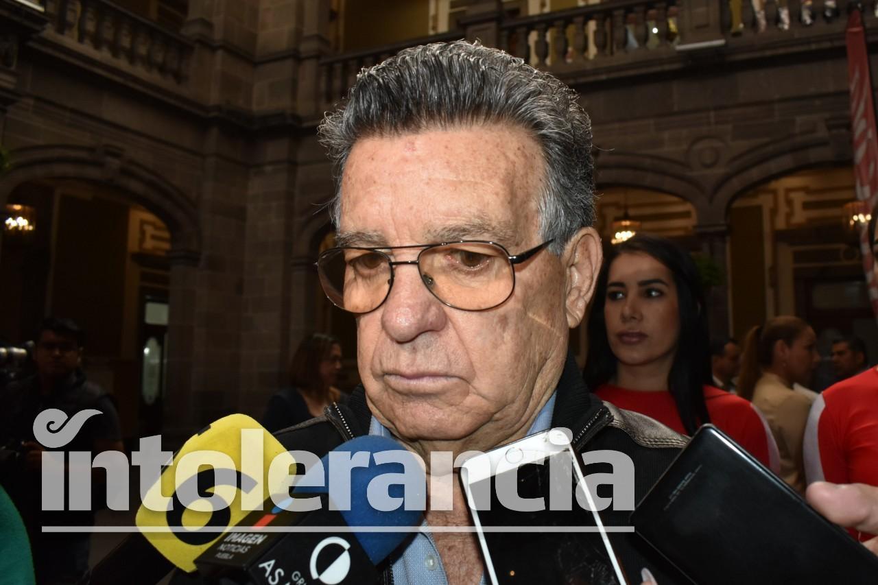 Llega al Congreso notificación de medidas cautelares contra Emilio Maurer