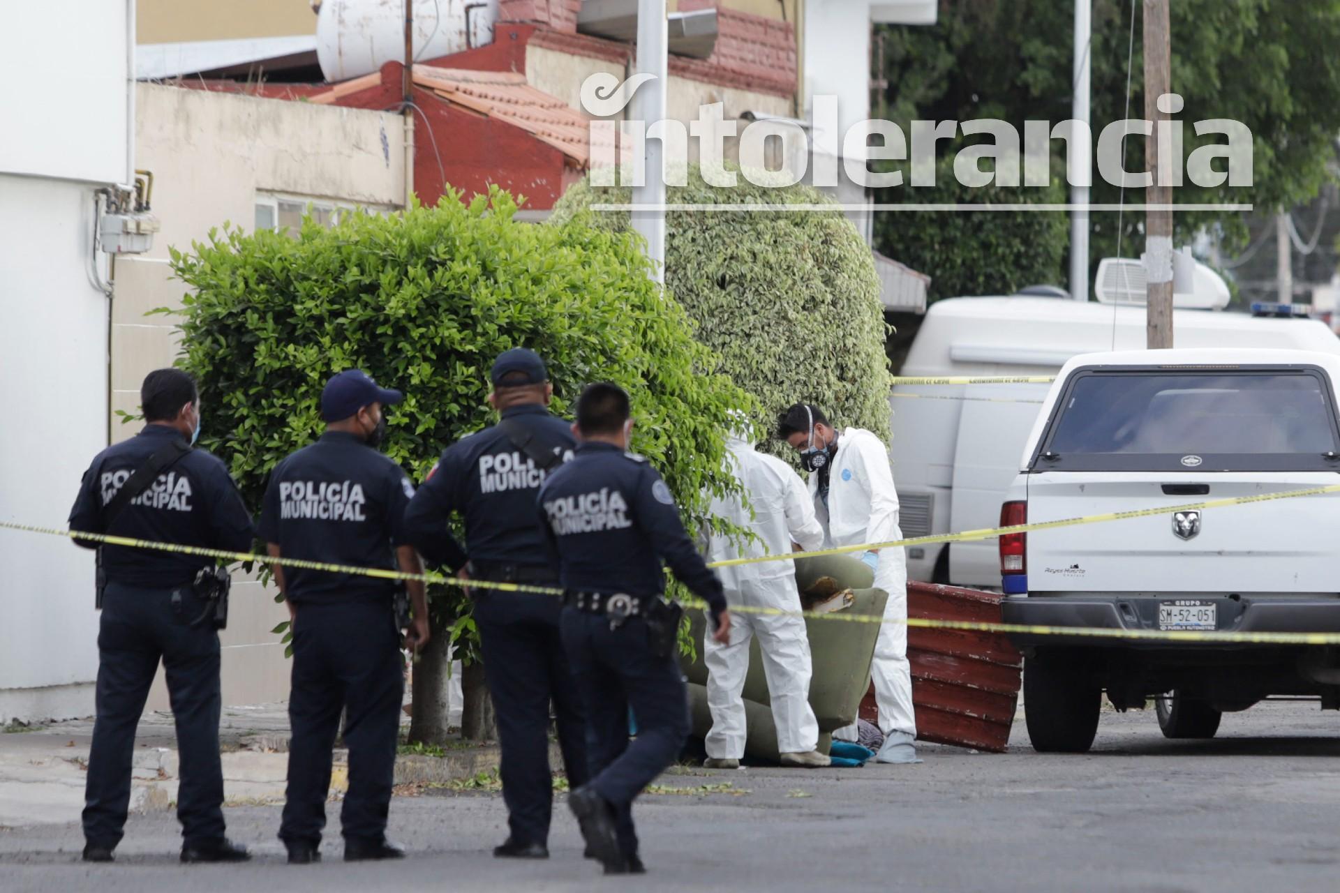 Encuentran cadáver embolsado en calles de San Manuel