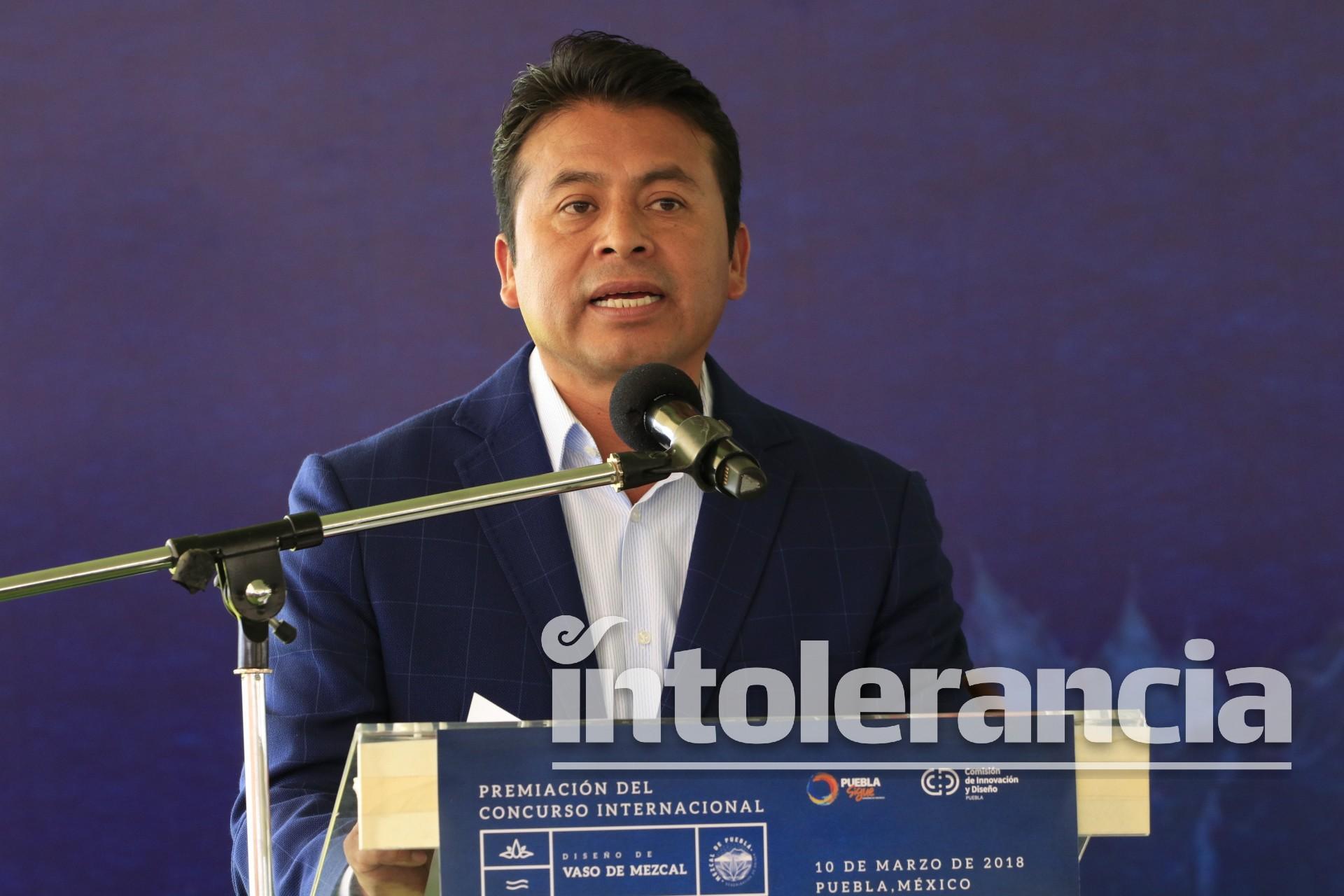 Detienen a Leoncio Paisano, expresidente municipal de San Andrés Cholula