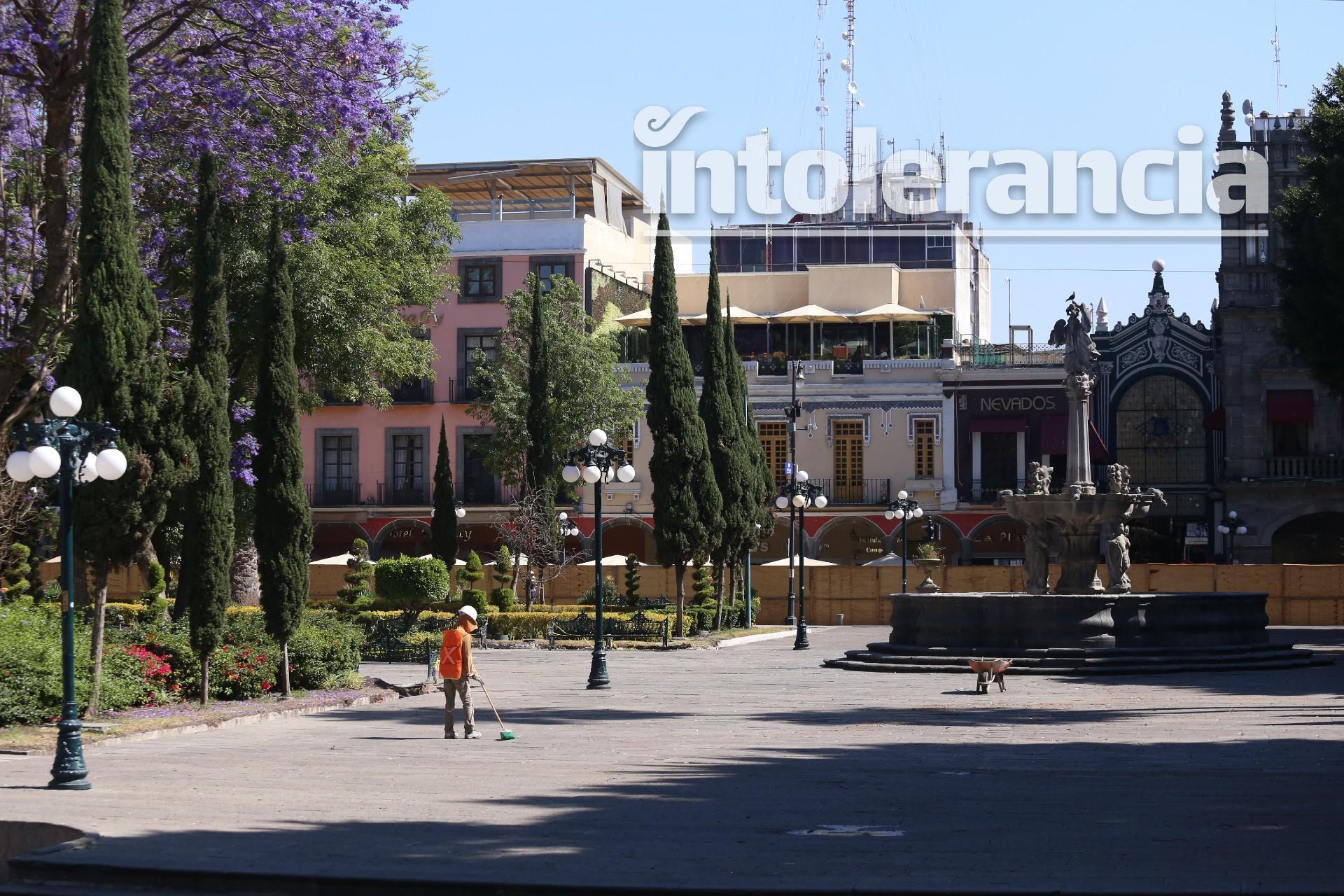 Detienen, momentáneamente, obras en el zócalo de Puebla