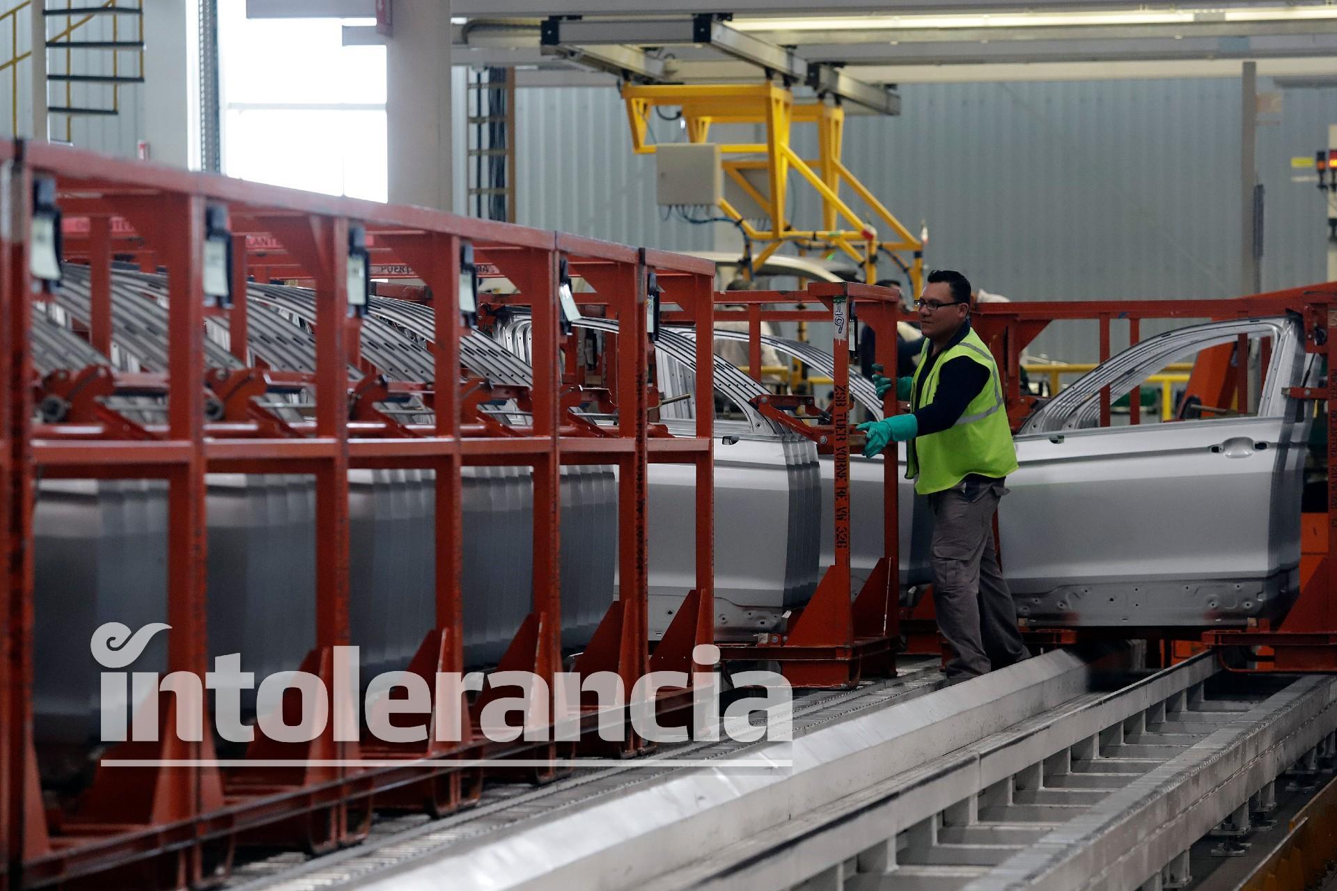 Volkswagen detiene producción de Tiguan por desabasto de semiconductores